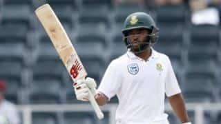 Bavuma, de Kock frustrate AUS, SA touch 400 at Lunch