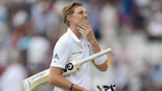 India tour of England 2014: England's batsmen must take responsibility and avert collapses