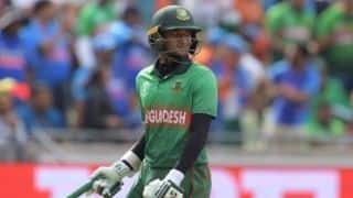 Shakib Al Hasan is going to auction his 2019 World Cup bat to raise funds for COVID-19kj