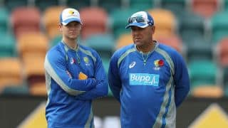 Australia need to grind it out in India, says Darren Lehmann