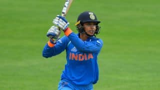 Smriti gets response from her idol Sangakkara