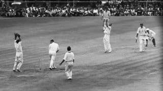 Ashes 1961: Richie Benaud routs England at Old Trafford; Australia retain the urn
