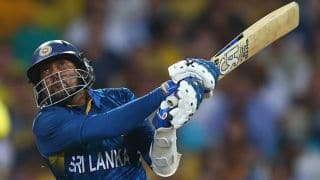 वीडियो: इन बल्लेबाजों ने मुकम्मल किए एक ओवर में 6 चौके