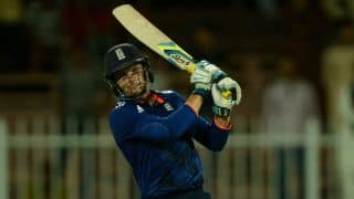 England set a target of 173 for Pakistan in 2nd T20I at Dubai