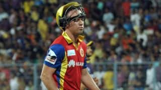 AB de Villiers dismissed for 21 against CSK in Match 37 of IPL 2015