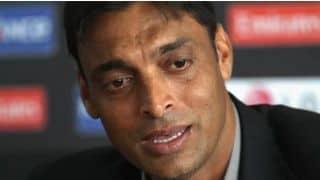 शोएब अख्तर के खिलाफ पीसीबी ने नहीं बल्कि इस शख्स ने दायर की है याचिका