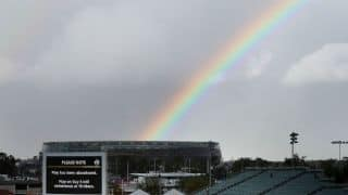 Rain relieves England's miseries on Day 4