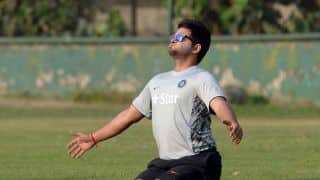 Suresh Raina must capitalise on from to seal his spot in World Cup 2015 squad