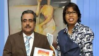 Jhulan Goswami felicitated by Air India employees