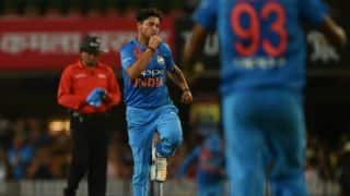 India need 48 runs in 6 overs against Australia in 1st T20I