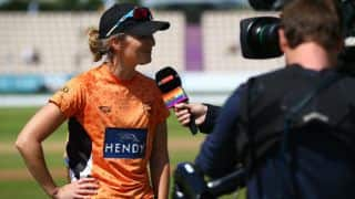 Charlotte Edwards announces retirement from professional cricket; looking for coaching post