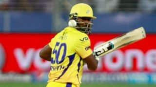 Dwayne Smith in punishing mood for Chennai Super Kings against Mumbai Indians in IPL 2014