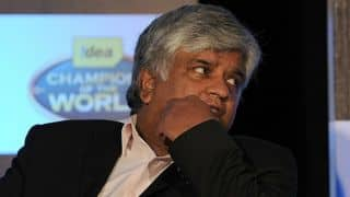 "Arjuna Ranatunga urges Sri Lankan fans to ""not behave"" like Indian spectators"