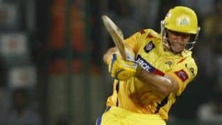 Chennai Super Kings lose Michael Hussey but stable in run-chase against Mumbai Indians in IPL 2015 Qualifier 1
