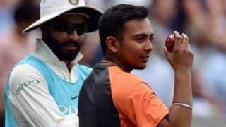 Prithvi Shaw resumes running ahead of Perth Test
