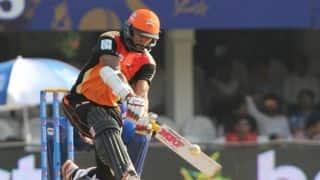 Shikhar Dhawan, David Warner dismissed in Sunrisers Hyderabad vs Mumbai Indians IPL 2015