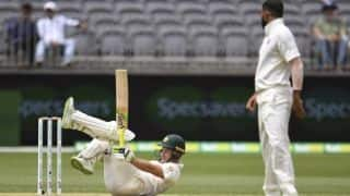 India 6/1 at lunch on day two after Australia move to 326