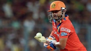 Raina dismissed for 1 by Boult against SRH in IPL 2016 Playoffs