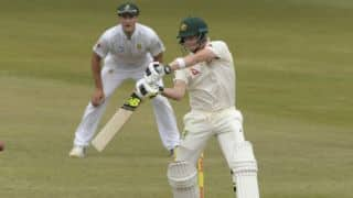 Australia stretch lead past 400 at stumps on day 3, 1st Test