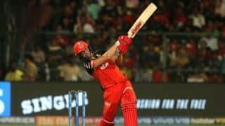 RCB vs KXIP LIVE: AB de Villiers' brutal 82 off 44 balls takes Royal Challengers Bangalore to 202/4 vs Kings XI Punjab