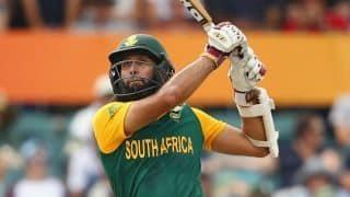 जिम्बाब्वे के खिलाफ वनडे सीरीज से बाहर हुए हाशिम आमला, डीन एल्गर को मिला मौका