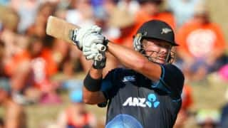 Corey Anderson powers New Zealand to 292 in 1st ODI against India at Napier