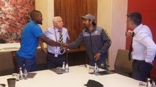 Sarfaraz meets Phehlukwayo to apologise for racist remark