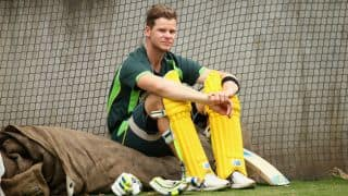 Steven Smith cleared of injury after ball struck on his right hand in nets ahead of Boxing Day Test