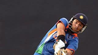 डीवाई पाटिल टी20 में चला युवराज का बल्ला, बना डाले आतिशी 43* रन