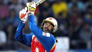 IPL 2015: Chris Gayle asked Harshal Patel to go big against Sunil Narine
