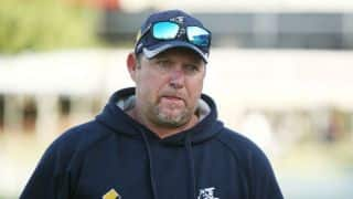 Australia name David Saker as assistant coach