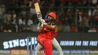 RCB vs KXIP LIVE: Parthiv Patel blitz takes RCB to 70/1 in Powerplay overs