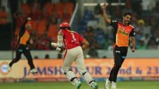 IPL 2017: Bhuvneshwar Kumar dons reporter's hat; questions Mohammad Nabi, Rashid Khan