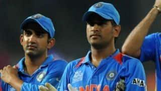 गौतम गंभीर ने 2012 ट्राई सीरीज के दौरान धोनी की कप्तानी की आलोचना की