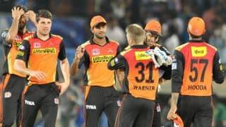 किंग्स इलेवन पंजाब के खिलाफ मैच के पहले सनराइजर्स हैदराबाद के खिलाड़ियों ने बांधी पगड़ी
